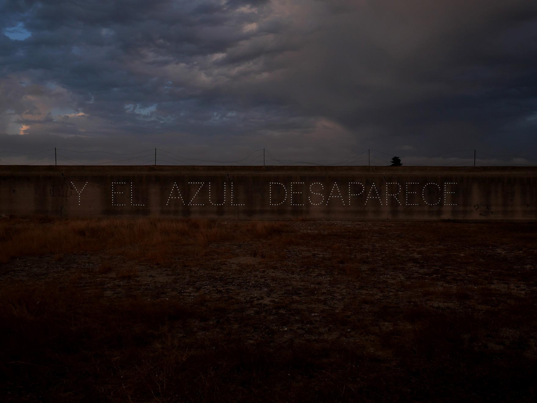Y EL AZUL DESAPARACE, 2020